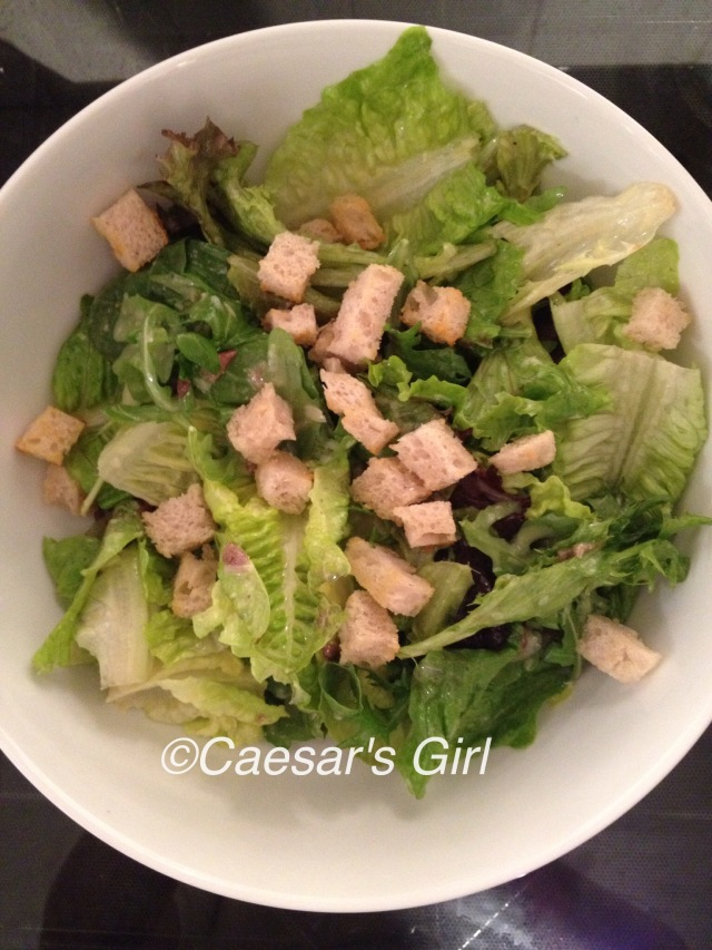 Mixed-leaf Caesar Salad