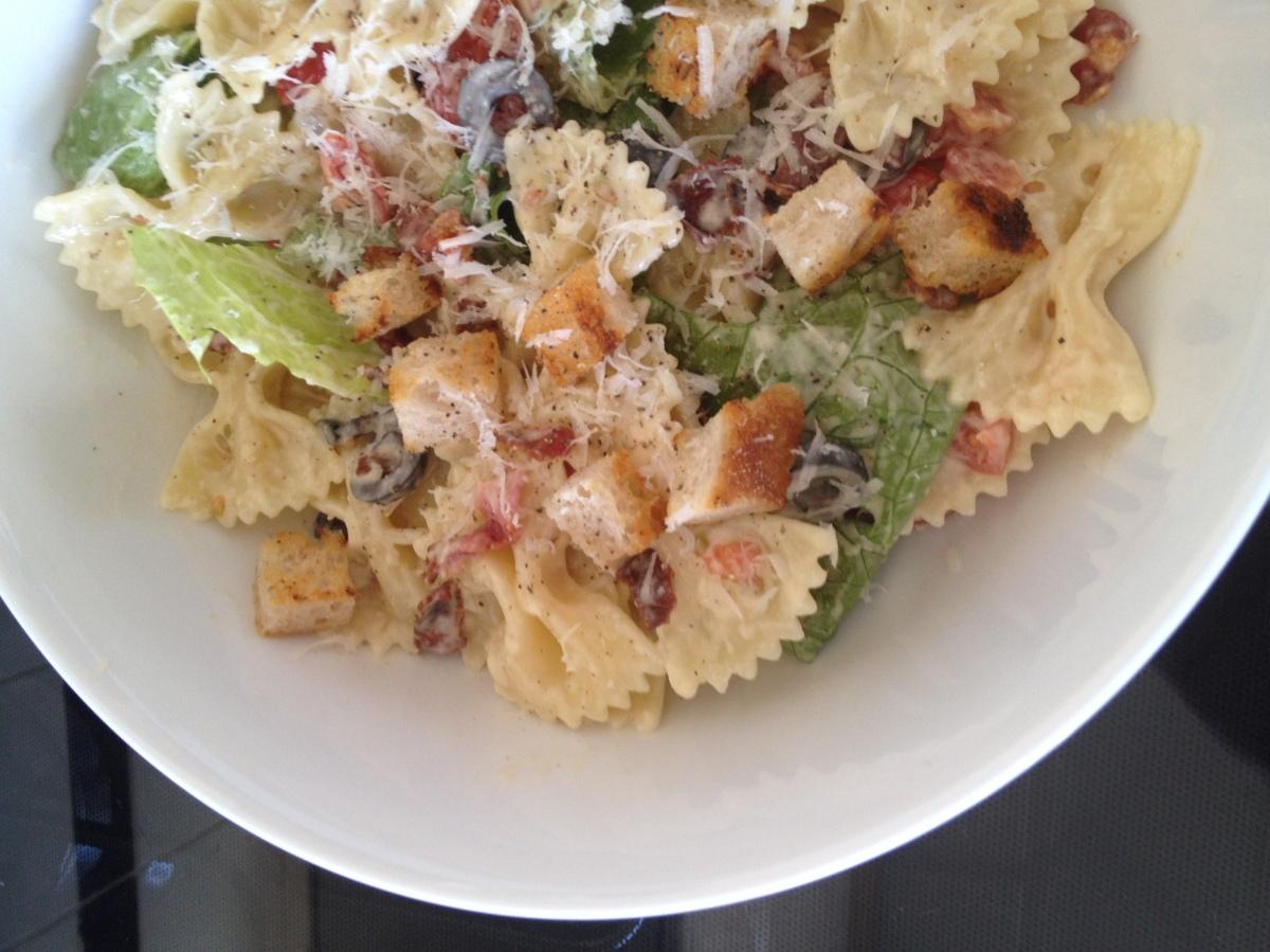 BLT Caesar Pasta Salad - Divas Can Cook